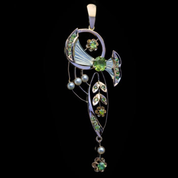 antique Art Nouveau jewelry - pendants