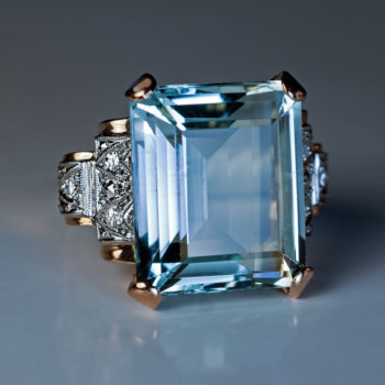 Art Deco vintage aquamarine ring